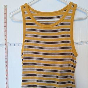 AMERICAN EAGLE OUTFITTERS LADIES SIZE MEDIUM TANK
